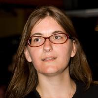 Tara L Andrews